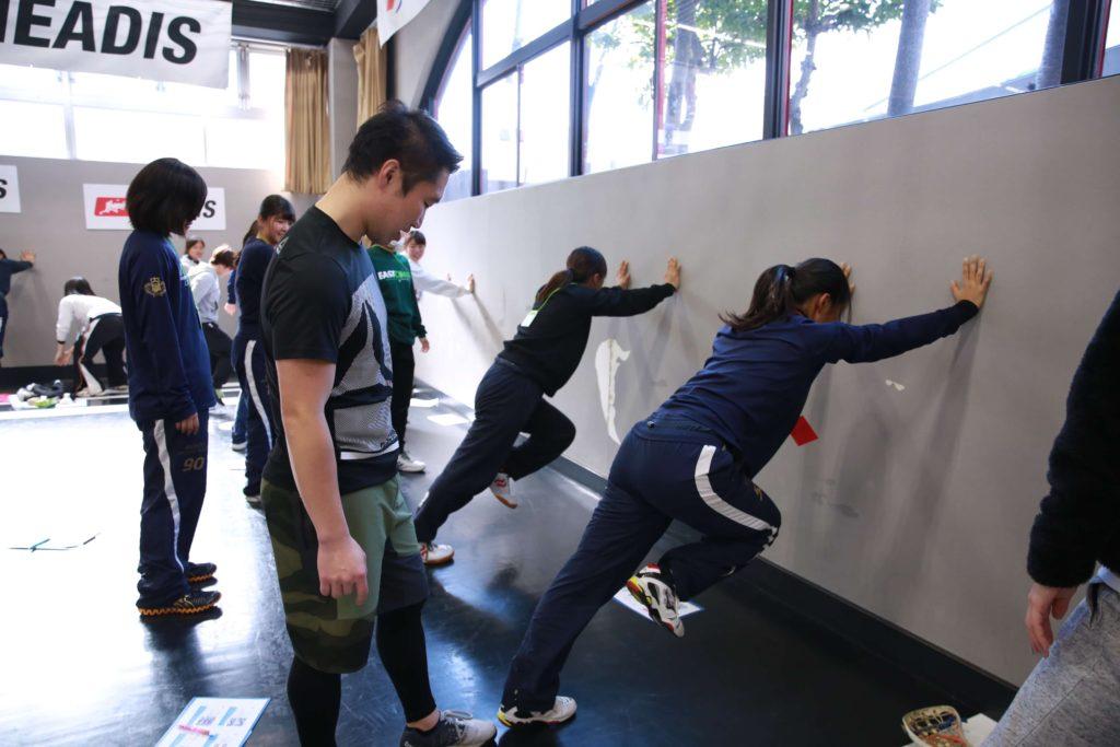 グループトレーニング指導の風景